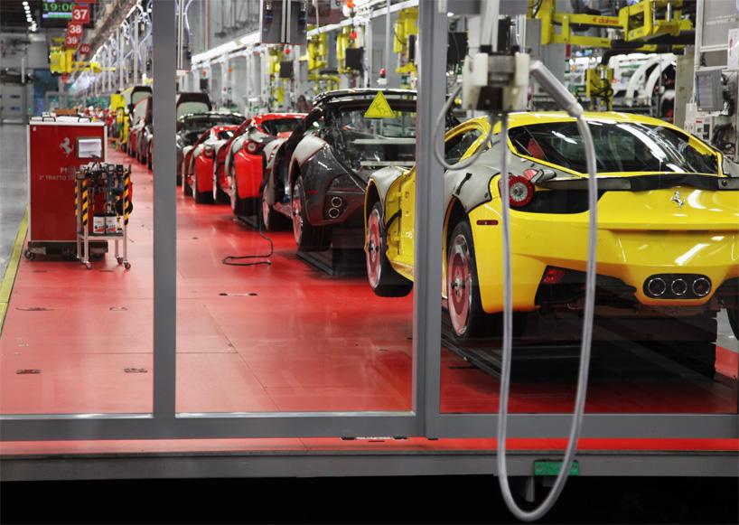 Visite de l'usine Ferrari ! (galerie & vidéo sur Bidfoly.com) By Laboiteverte Visite-usine-ferrari-voiture-interieur-14