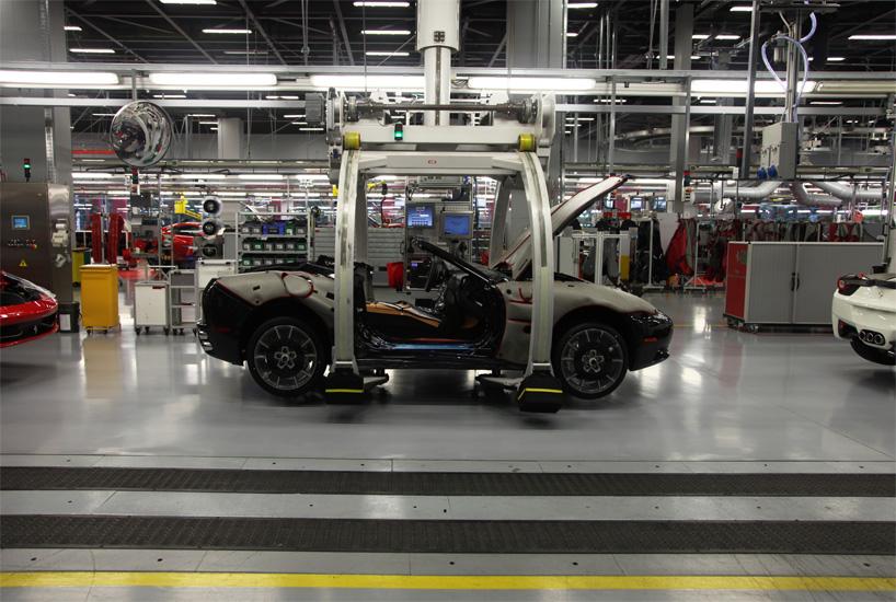 Visite de l'usine Ferrari ! (galerie & vidéo sur Bidfoly.com) By Laboiteverte Visite-usine-ferrari-voiture-interieur-16