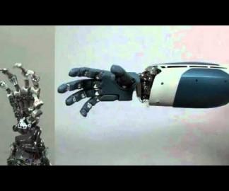 Une main robotique à la Terminator