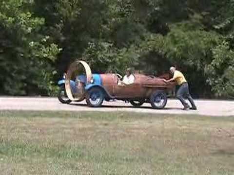 L'Hélicron, une voiture française à hélice de 1932