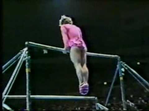 Paul Hunt parodie la gymnastique