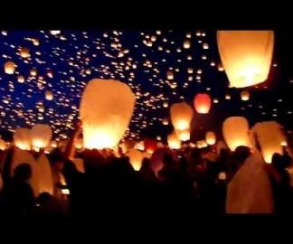 8000 lanternes en papier dans le ciel polonais