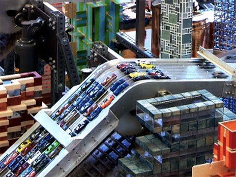Une ville avec 1000 voitures miniatures