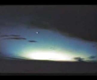 Une explosion nucléaire vue de l'espace