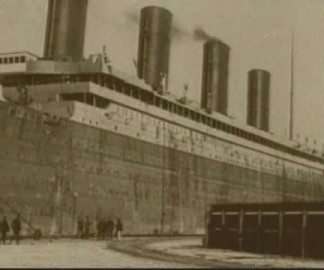 Vidéo rare du Titanic avant qu'il coule