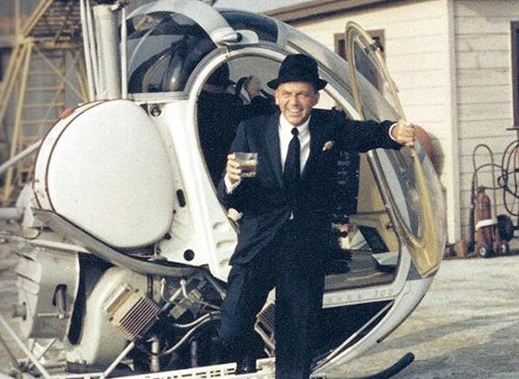 Frank-Sinatra-helicoptere-whisky