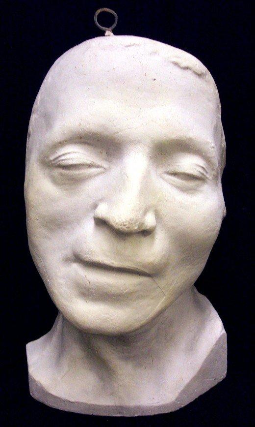 chercher style attrayant artisanat de qualité Masques mortuaires de personnages historiques