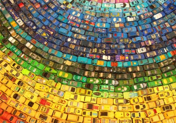 arc-ciel-couleur-voiture-miniature