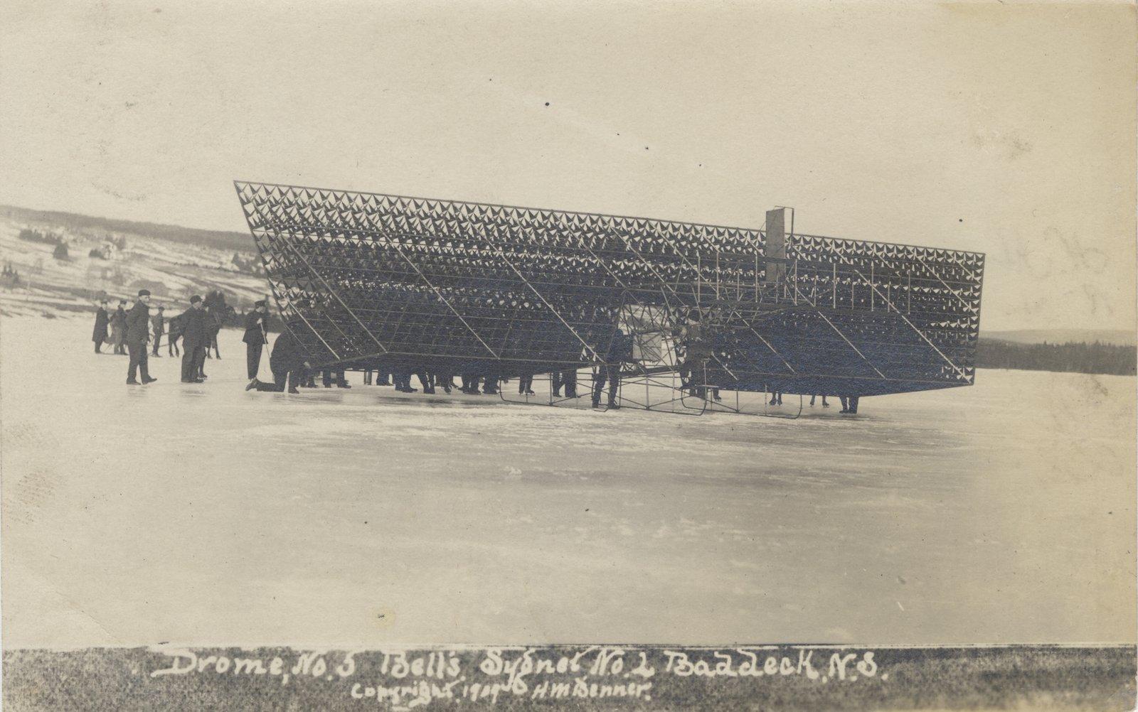 avion tetraedrique histoire cygnet 02 Avions et cerf volants tétraédriques