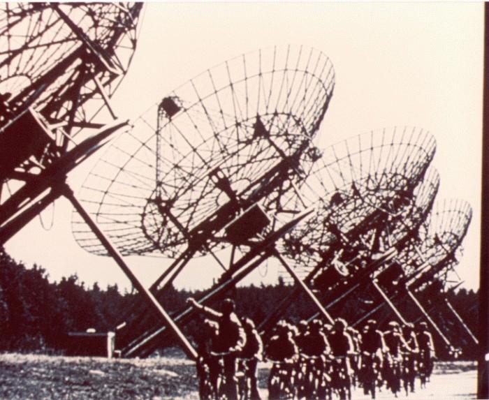 images golden record voyager 109 Le Voyager Golden Record : Comment se présenter aux extraterrestres ?