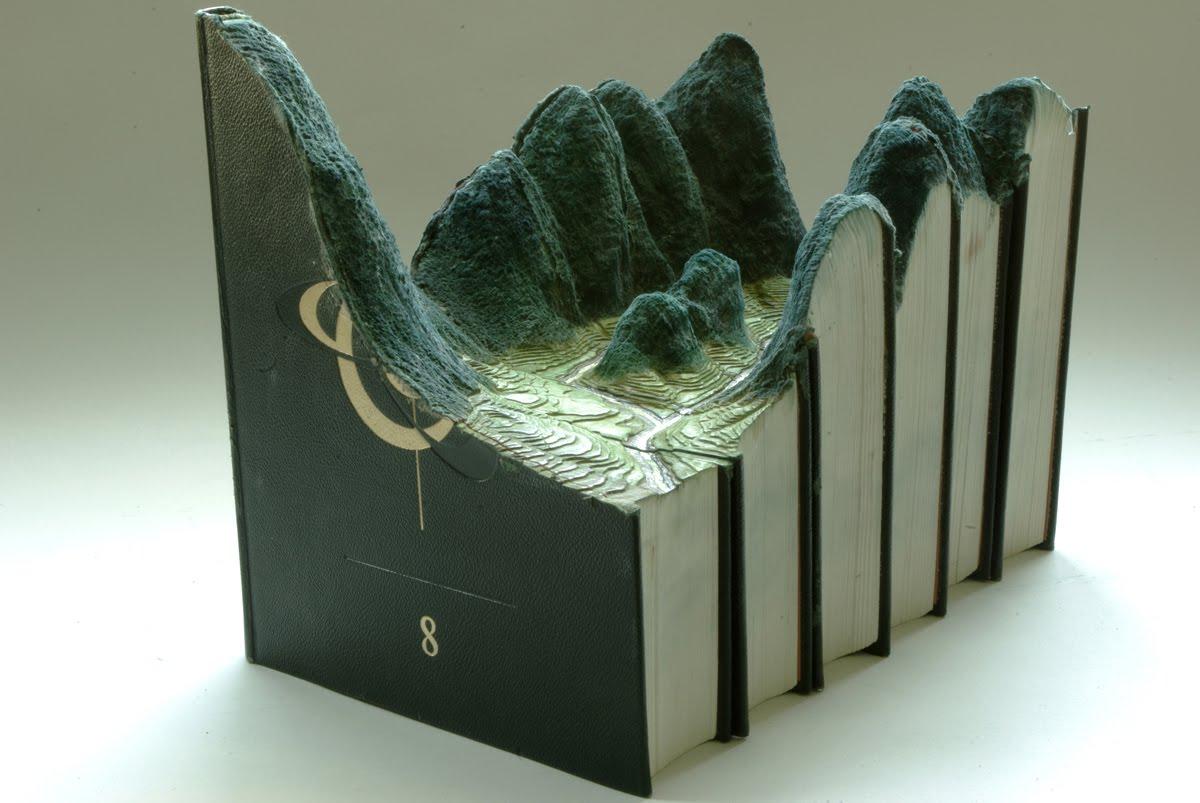 paysage sculpture livre 01 Des paysages sculptés dans des livres