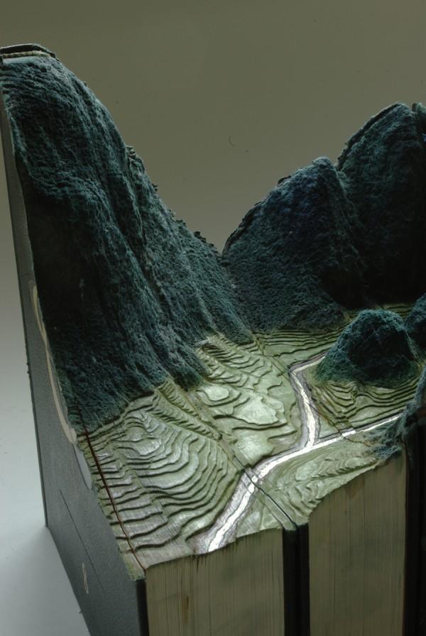 paysage sculpture livre 04 Des paysages sculptés dans des livres