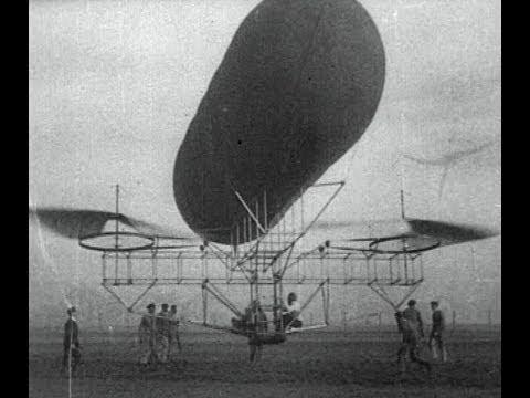 Les premiers hélicoptères