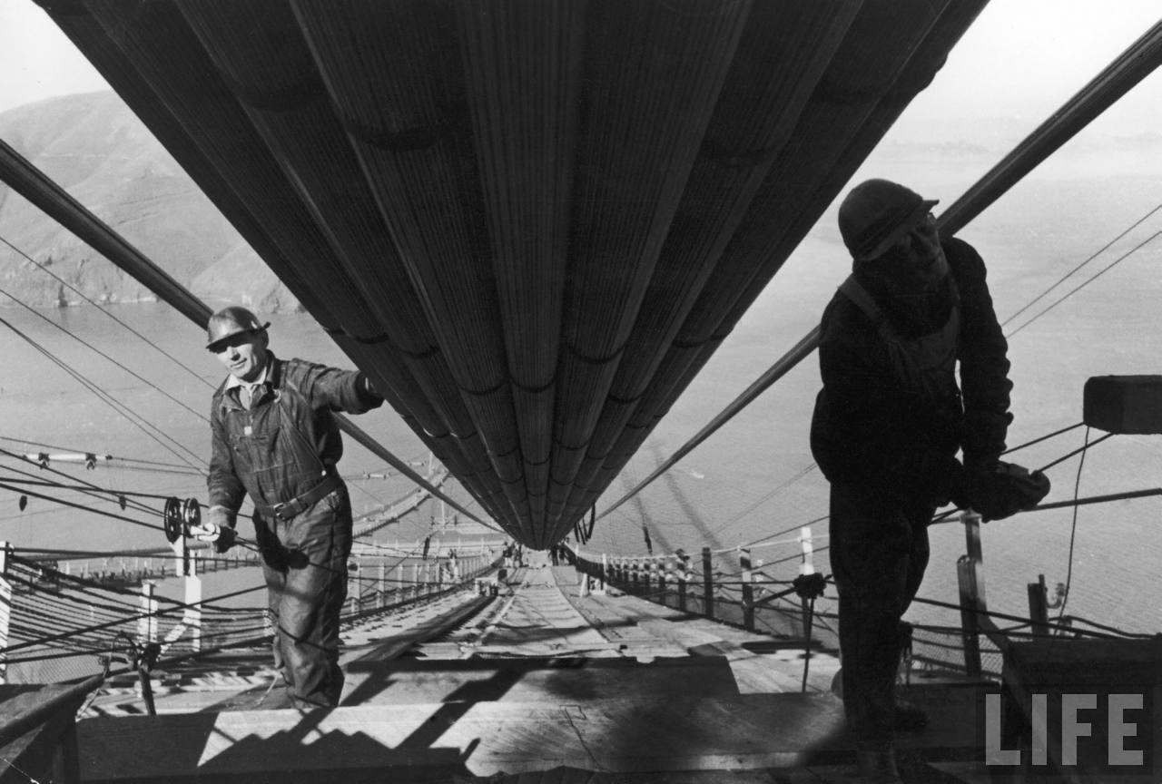 La construction du Golden Gate Bridge de San Francisco ! By Laboiteverte Construction-Golden-Gate-Bridge-12
