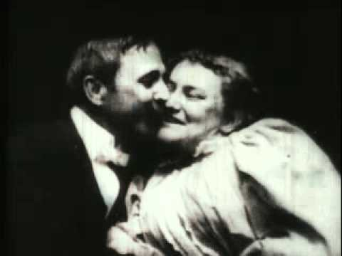 Le premier baiser au cinéma