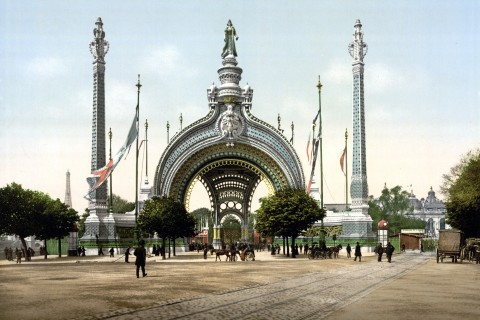 Grand_entrance,_Exposition_Universal,_1900,_Paris,_France