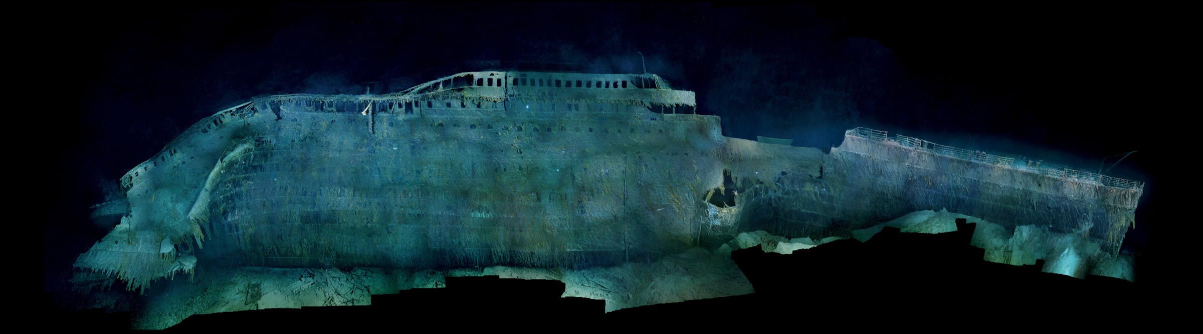 Excellent Le Titanic au fond de l'océan 2400 x 668 · 261 kB · jpeg