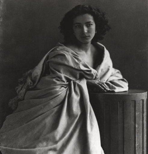 Sarah Bernhardt, 1865