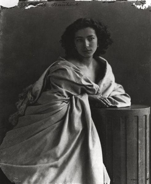 Sarah Bernhardt Portraits de gens célèbres par Felix Nadar  photo photographie histoire bonus