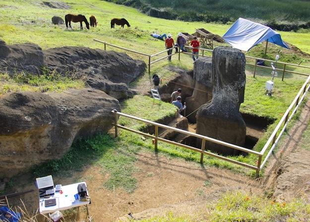 Le corps des statues Moaï de l'Île de Pâques ! (vidéo sur Bidfoly.com) By Laboiteverte Corp-statue-ile-paque-03