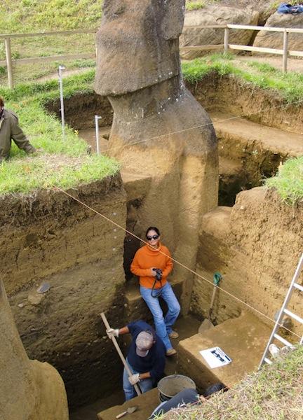 Le corps des statues Moaï de l'Île de Pâques ! (vidéo sur Bidfoly.com) By Laboiteverte Corp-statue-ile-paque-06