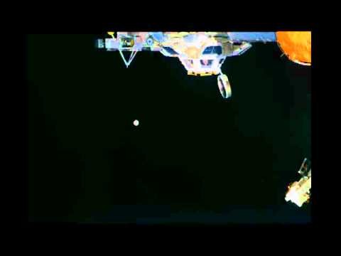 Ouvrir les volets sur l'ISS