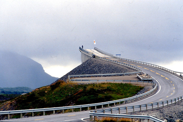 Storseisundet Bridge in Norway 1 La route norvégienne de lAtlantique  video photo lieux information divers bonus