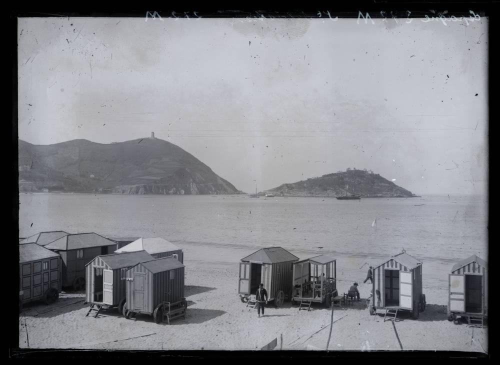 machine bain cabine plage mer 09 Des cabines de bain mobiles pour se baigner en toute dignité