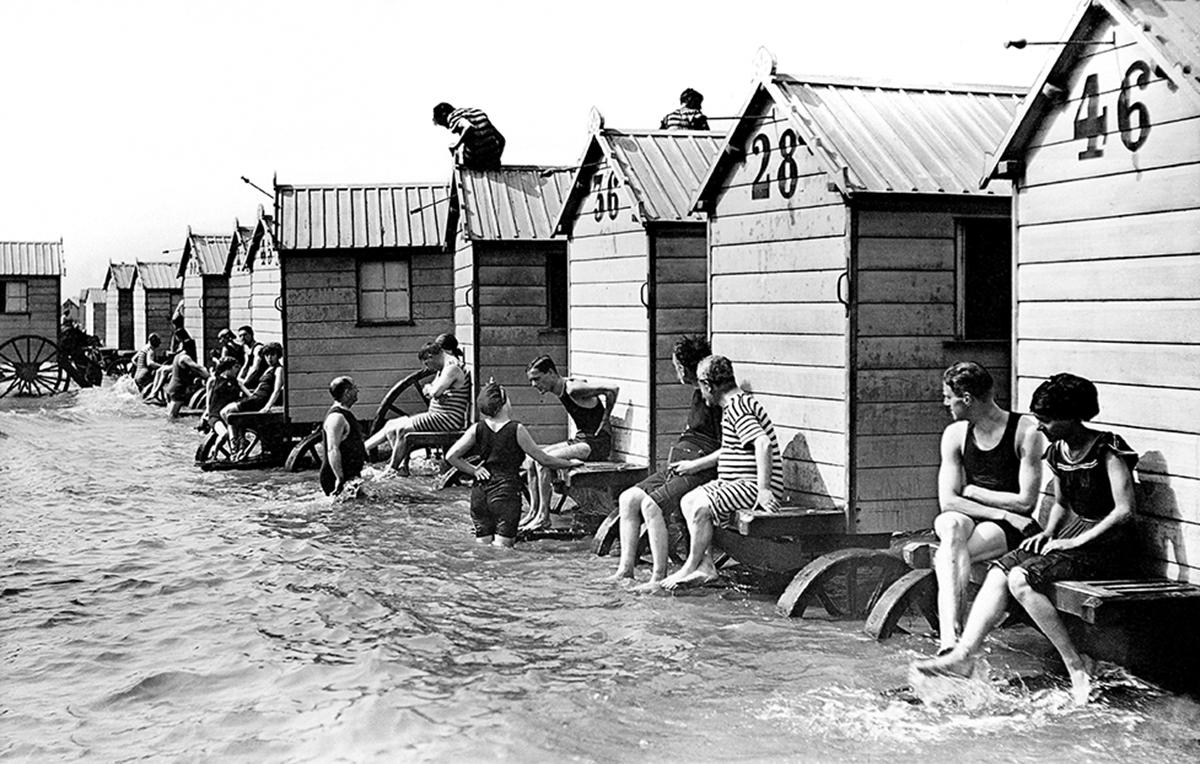 machine bain cabine plage mer 16 Des cabines de bain mobiles pour se baigner en toute dignité