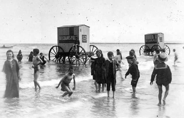 machine bain cabine plage mer 20 Des cabines de bain mobiles pour se baigner en toute dignité