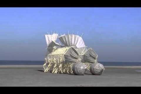 Les sculptures cinétiques de Theo Jansen