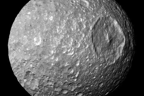 Mimas_Cassini