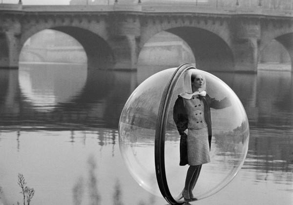 Melvin-Sokolsky-mode-bulle-paris-01