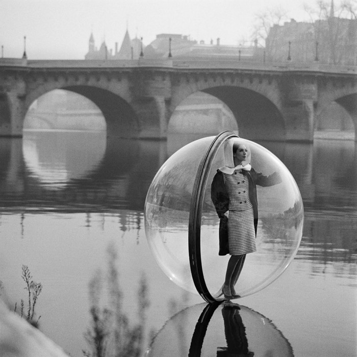 Melvin-Sokolsky-mode-bulle-paris-01