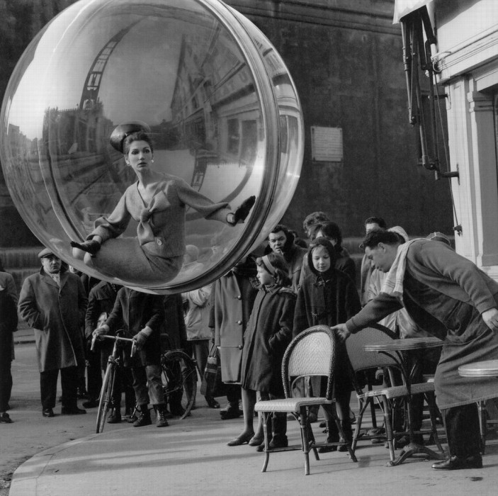 Melvin-Sokolsky-mode-bulle-paris-04