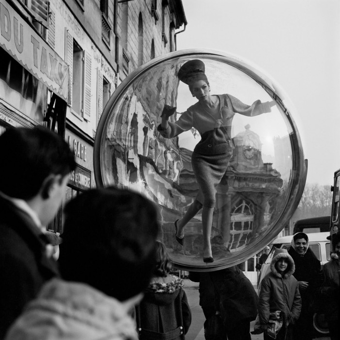Melvin-Sokolsky-mode-bulle-paris-08