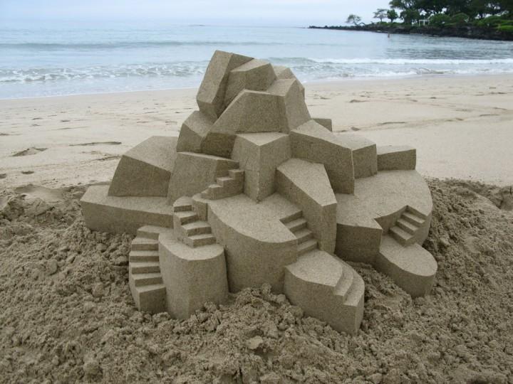 chateau-sable-geometrique-01