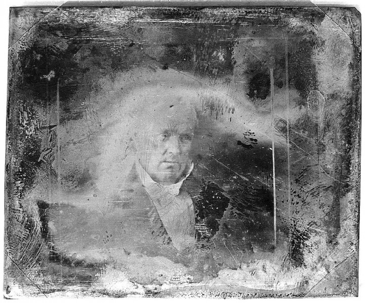 daguereotype degrade 011 720x598 La dégradation des daguerréotypes