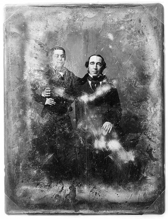 daguereotype degrade 071 536x700 La dégradation des daguerréotypes