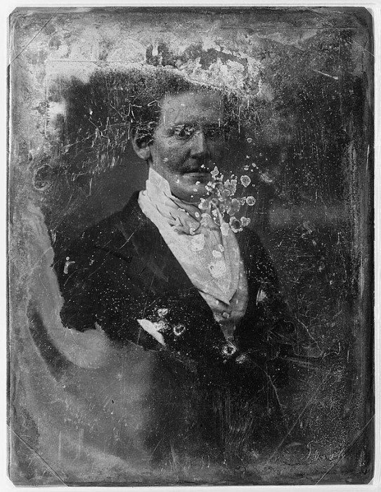daguereotype degrade 111 542x700 La dégradation des daguerréotypes