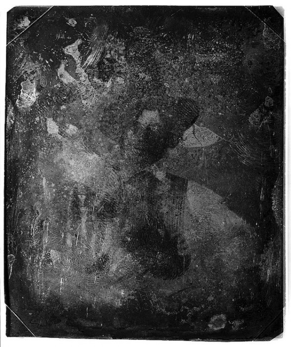 daguereotype degrade 121 588x700 La dégradation des daguerréotypes