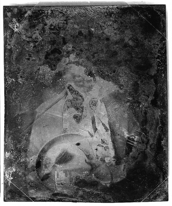 daguereotype degrade 141 585x700 La dégradation des daguerréotypes