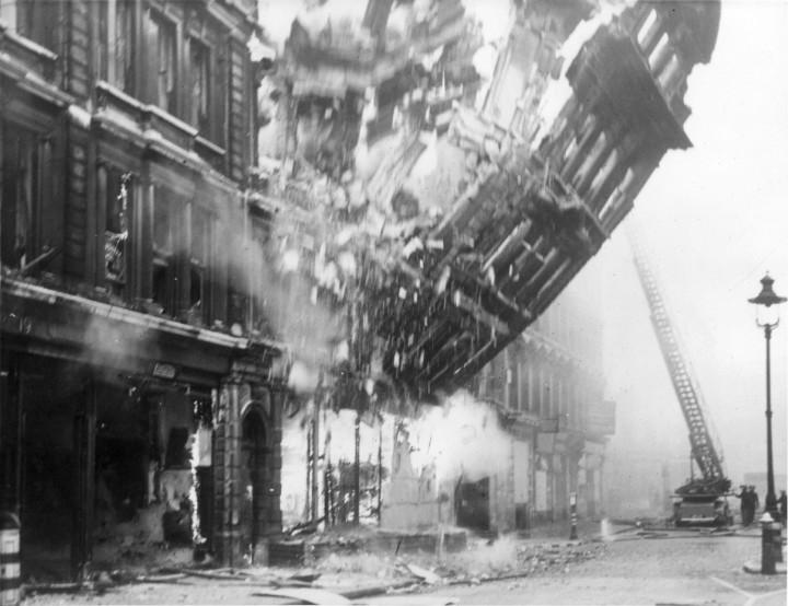 mymystere 720x554 [Mystère #42] Immeuble qui s'effondre à Londres pendant la Deuxième Guerre Mondiale
