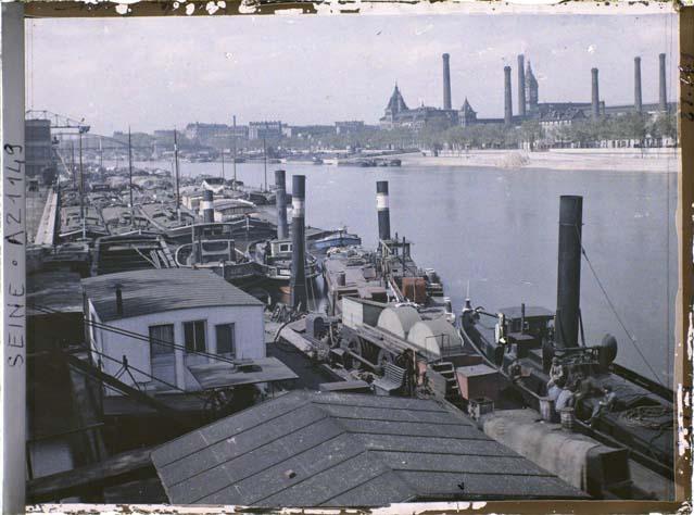 Le port d'Austerlitz par Auguste Léon ©Musée Albert-Kahn - Département des Hauts-de-Seine