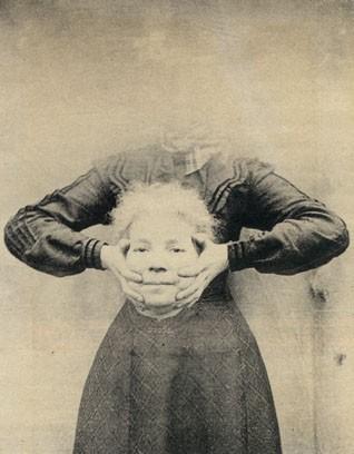 vieux-portrait-sans-tete-decapite-11