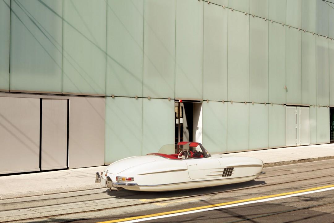 voiture-ancienne-volante-futur-01