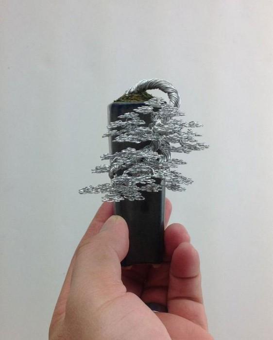 bonzai fil de fr er 08 562x700 Des bonsaïs en fil de fer  divers bonus art