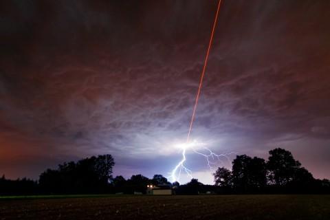 laser-eclair
