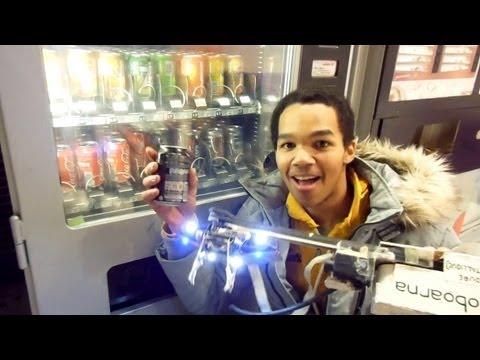 Un robot voleur de distributeurs de boissons