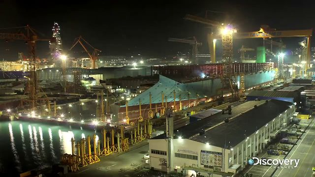 Construire le plus grand bateau du monde en 76s